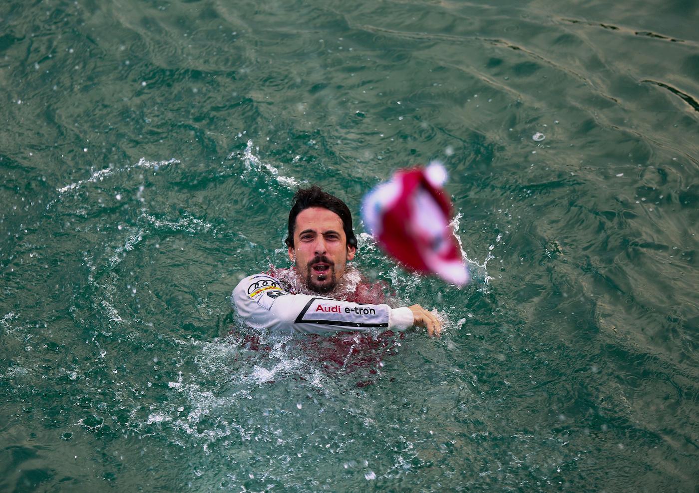 Zürich-Sieger di Grassi sprang vor Freude in den Zürichsee. (AUDI)