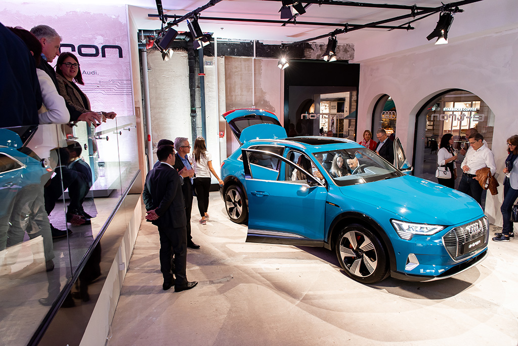 Seulement 50 exemplaires de cette Audi en version «edition one» seront distribués en Suisse (tous dans ce ton bleu). (Tom Lüthi)