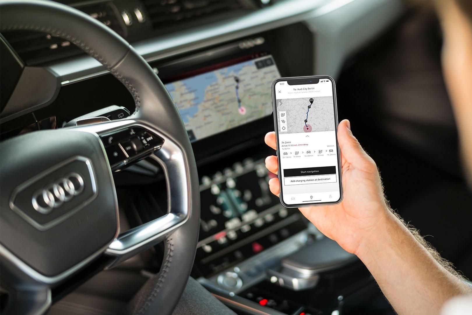 Le système d'infotainment de l'Audi e-tron sait tout faire, ou presque – sauf si vous lui parlez en allemand des Grisons. (Photo: Audi)