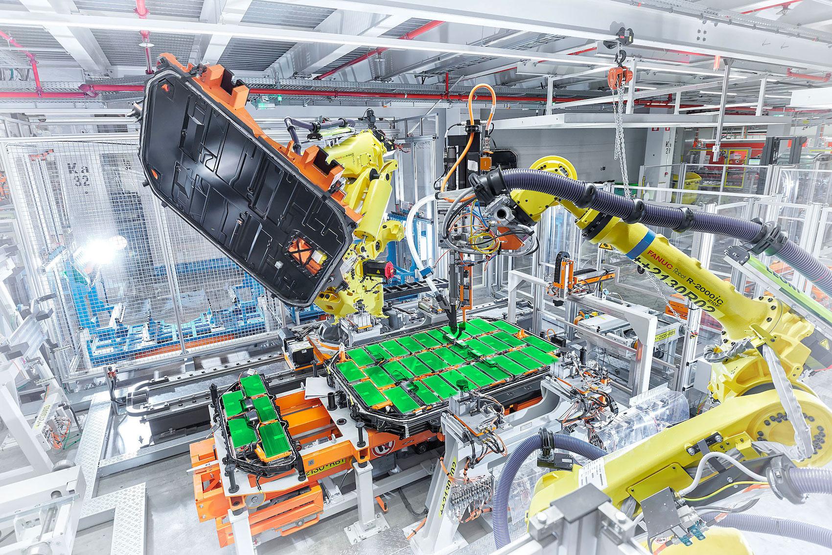 Les cellules des batteries sont montées dans l'usine AUDI de Bruxelles. (AUDI/traitement Brand Studio)