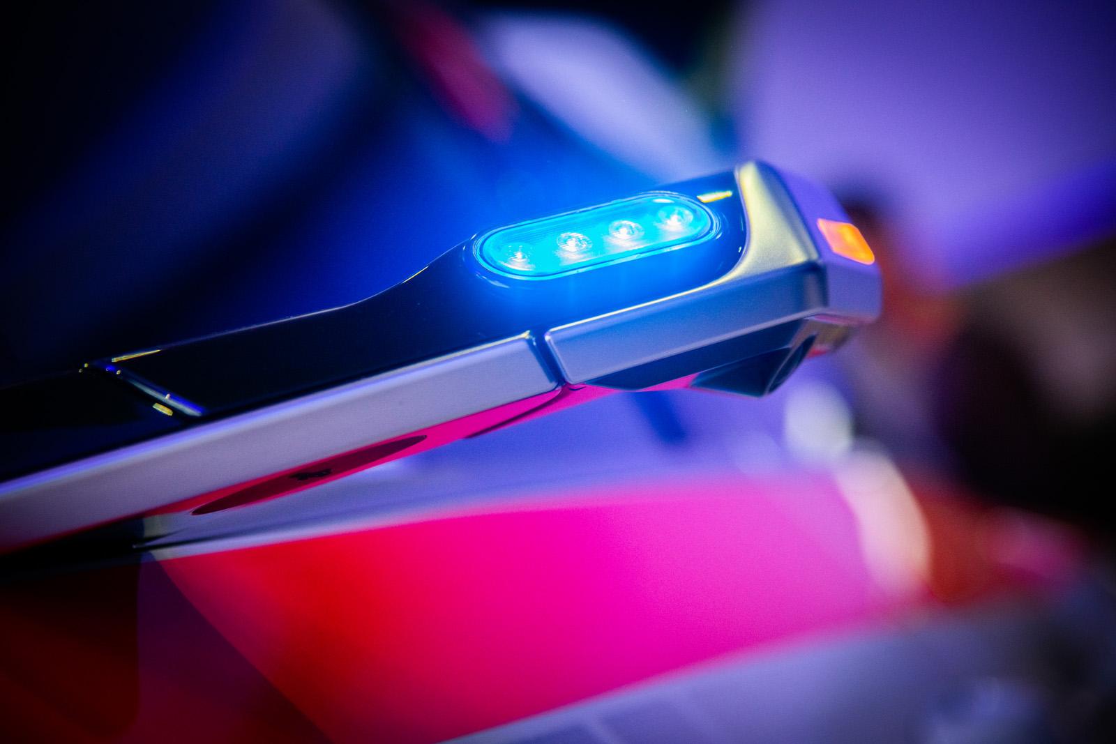 Sogar in die Kameras für die virtuellen Seitenspiegel des Audi e-tron hat das Team von Stefan Riesen ein Blaulicht eingebaut. (Thomas Buchwalder)