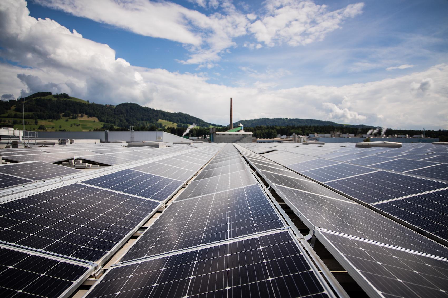 L'installation est rentable également d'un point de vue financier: les coûts de production de l'électricité sont inférieurs à 10 centimes par kWh.