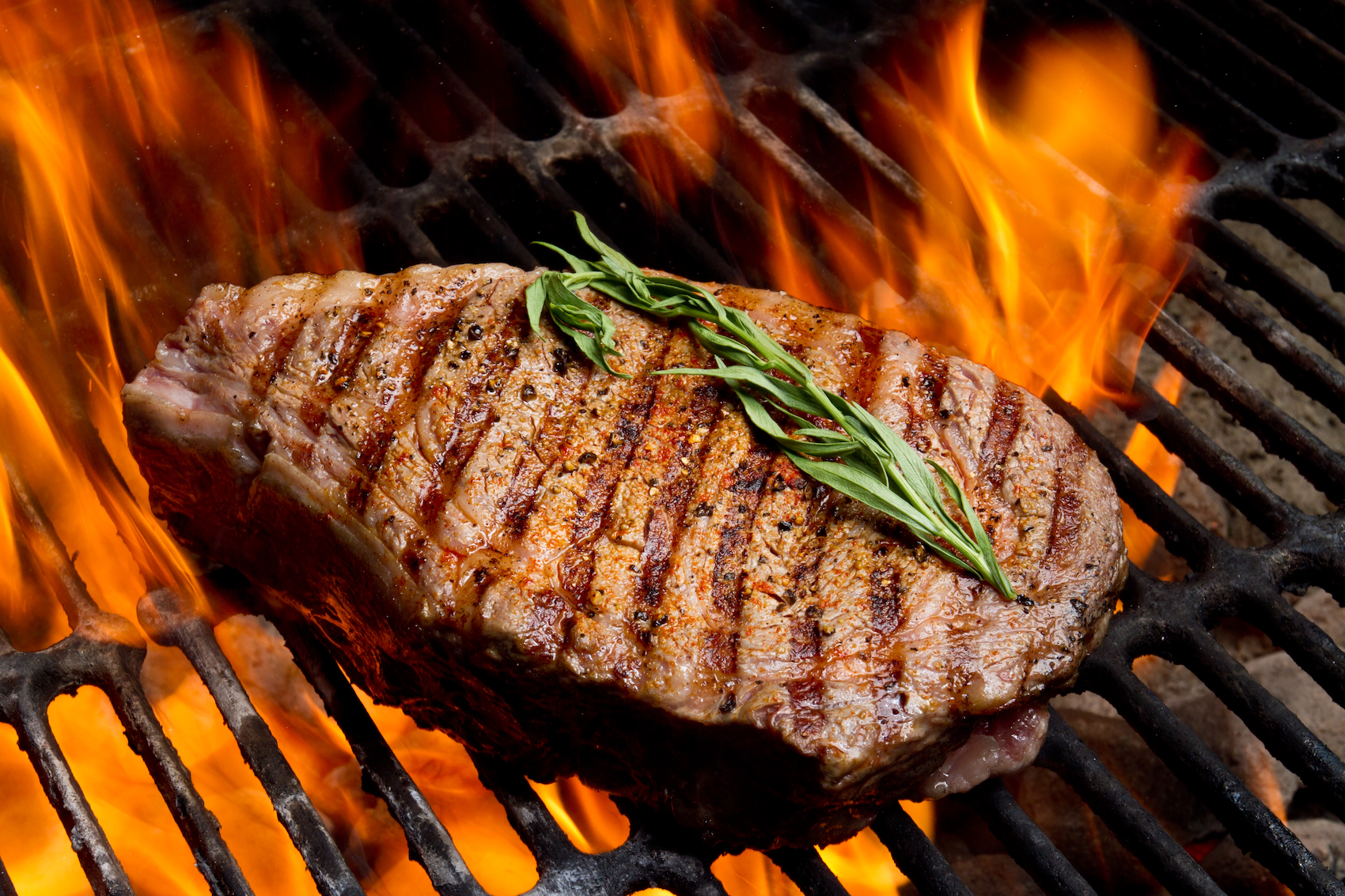 Auch da steckt viel Energie drin: Dieses Rib-Eye-Steak hat 19-mal so viele Treibhausgase verursacht wie gleich viel Gemüse aus der Region. (Getty)