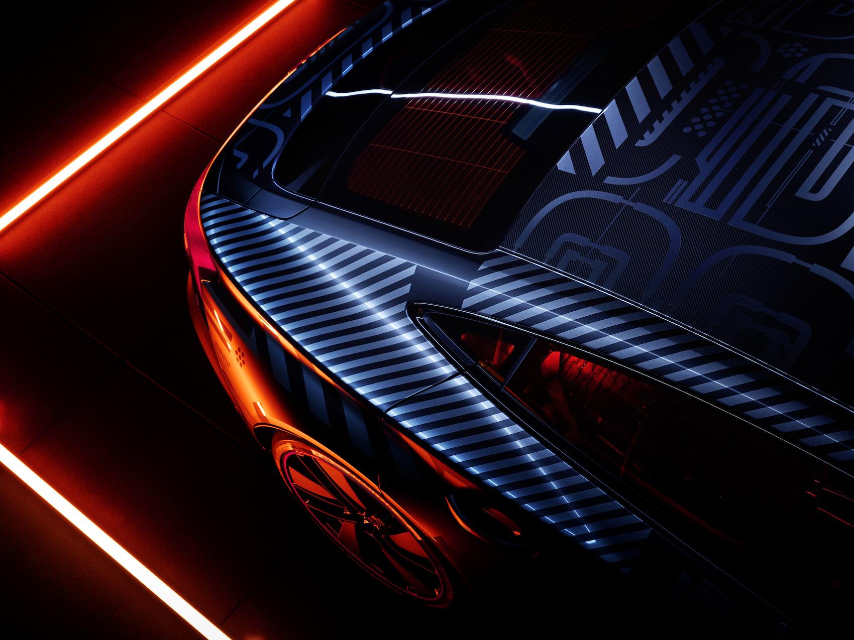 Des formes généreuses: les cadres des panneaux latéraux de l'e-tron GT ont une profondeur d'emboutissage de 35 centimètres. (Audi)
