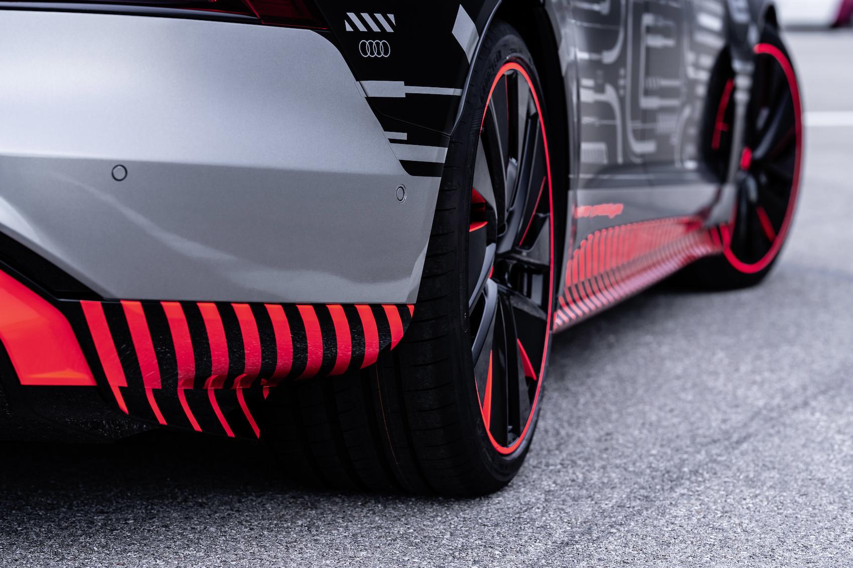 Avant d'être livrée, chaque Audi e-tron GT est testée sur 40 kilomètres de voies publiques. (Audi)